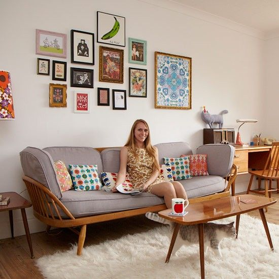 25 best ideas about Retro living rooms on Pinterest