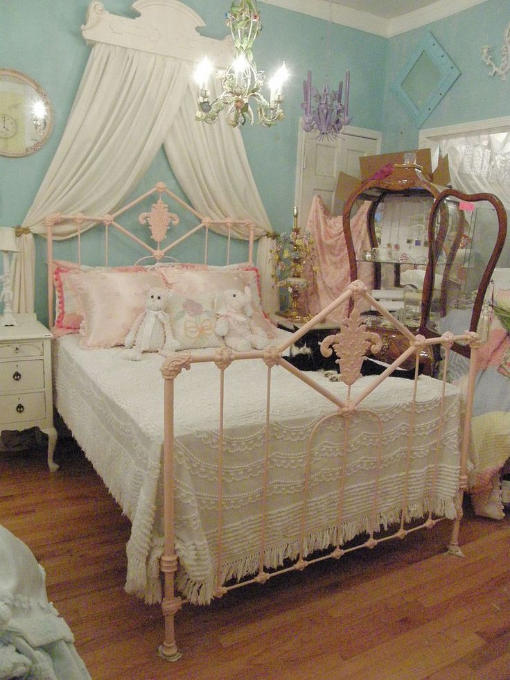 206 Best Images About Beds Amp Headboards On Pinterest Tufted Bed Twin Headboard And Twin Bed