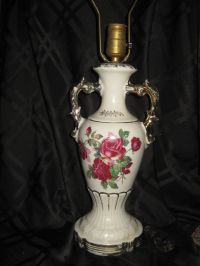 Vintage Ceramic Hand Painted Table Lamp Roses Gold Trim ...