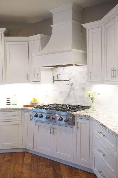 in a kitchen range hoods chimney Best 25+ Kitchen range hoods ideas on Pinterest