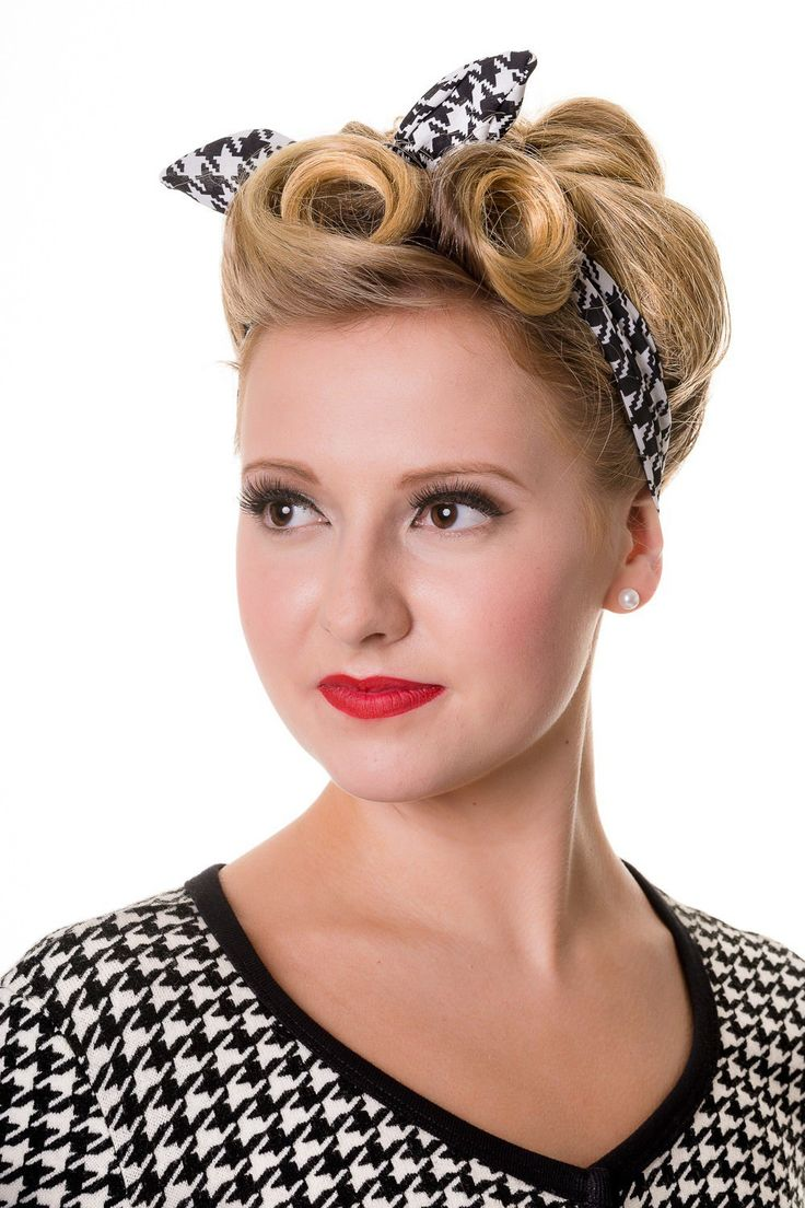 25 best ideas about 1950s Hair on Pinterest  50s