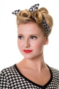 25+ best ideas about 1950s Hair on Pinterest | 50s ...
