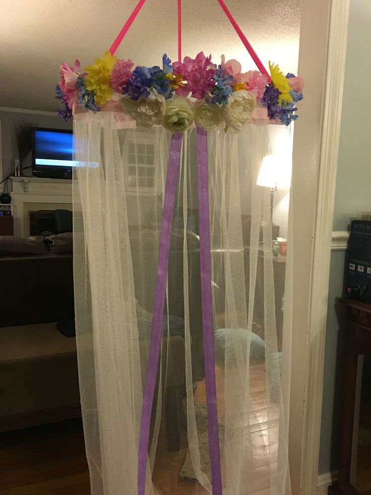 DIY girls canopy from hula hoop ikea curtain and dollar store flowers  Julianna  Pinterest