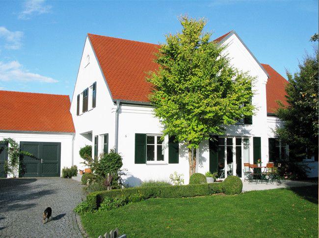 Haus Mit Grünen Fensterläden  Googlesuche  Fensterläden