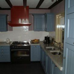 Big Kitchen Sinks Tall Pantry Vri Interieur Landelijke Keuken Klassiek Blauw Met ...