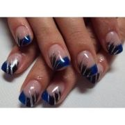 manicure with blue tips