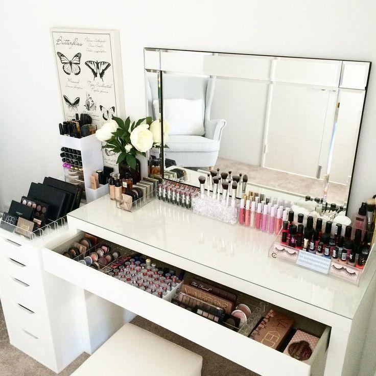 25 Best Ideas about Makeup Desk on Pinterest  Dressing