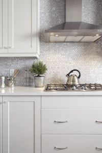 1000+ ideas about Hexagon Tile Bathroom on Pinterest ...