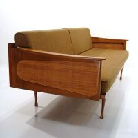 1000+ ideas about Retro Couch on Pinterest | Couch, Retro ...