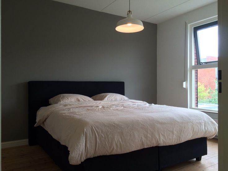 Slaapkamer kleur muur Flexa Authentic Grey  Inrichting