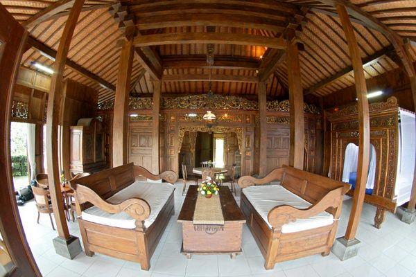 Rumah Adat Yang Ada di Pulau jawa  Traditional Javanese House  JOGLO  Pinterest  D and Furniture