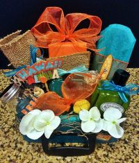 Best 20+ Honeymoon Gift Baskets ideas on Pinterest