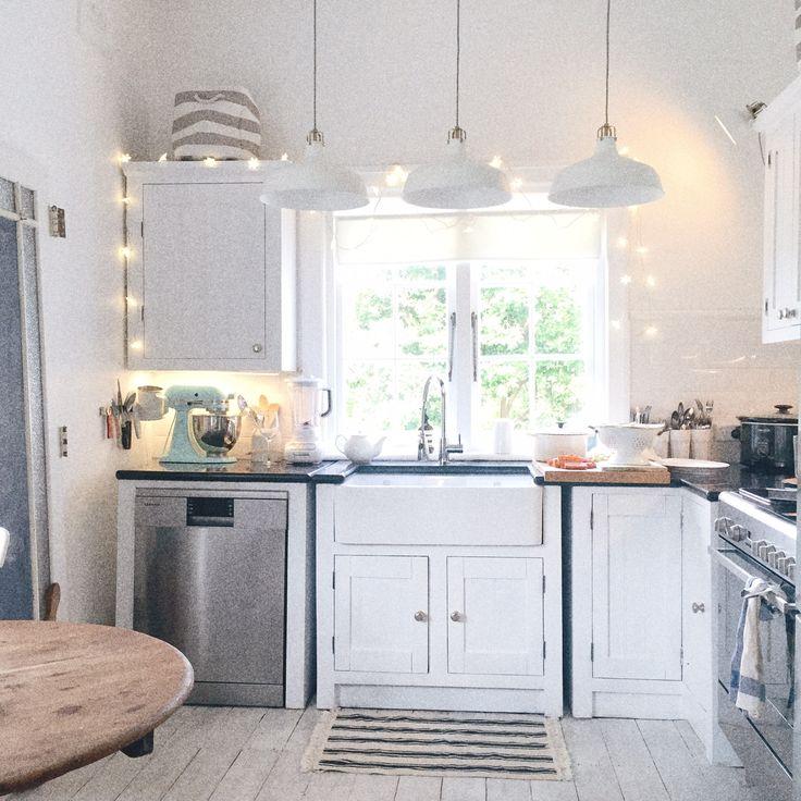 1000 ideas about Beach Cottage Kitchens on Pinterest
