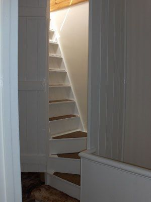 Mud Room To Studio Staircase How To Build Steep Staircase Google Search Stairway To Attic