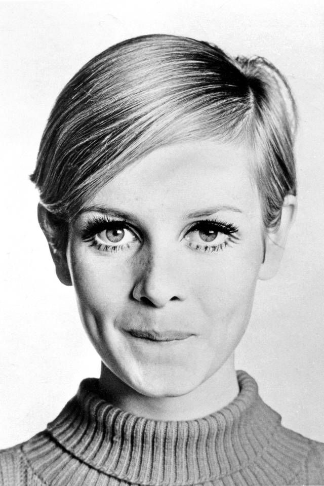 The Top Pixie Haircuts of All Time  Twiggy hair Best short hair and Bazaars