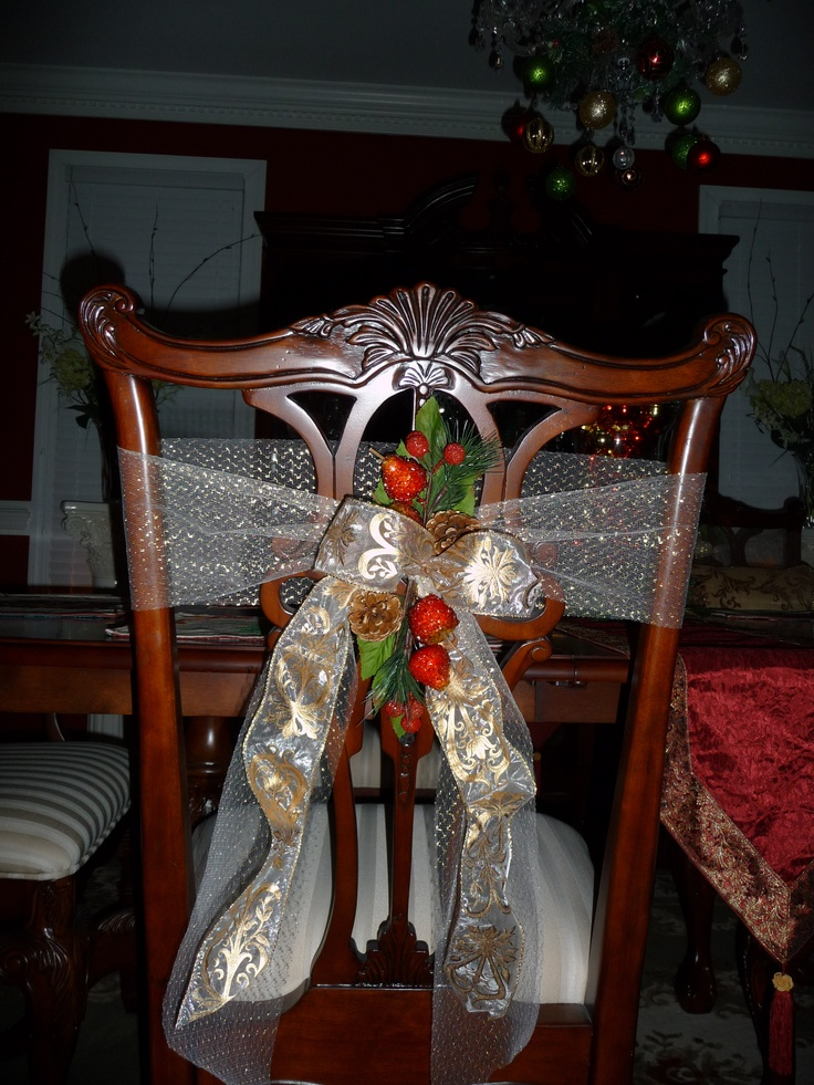 203 best images about Christmas Holiday Tables  Chairs on Pinterest  Chairs Holiday and