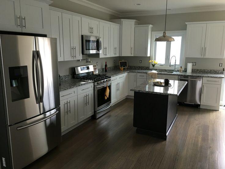 kitchen cabinets rta wooden play gran perla granite and white cubitac ...