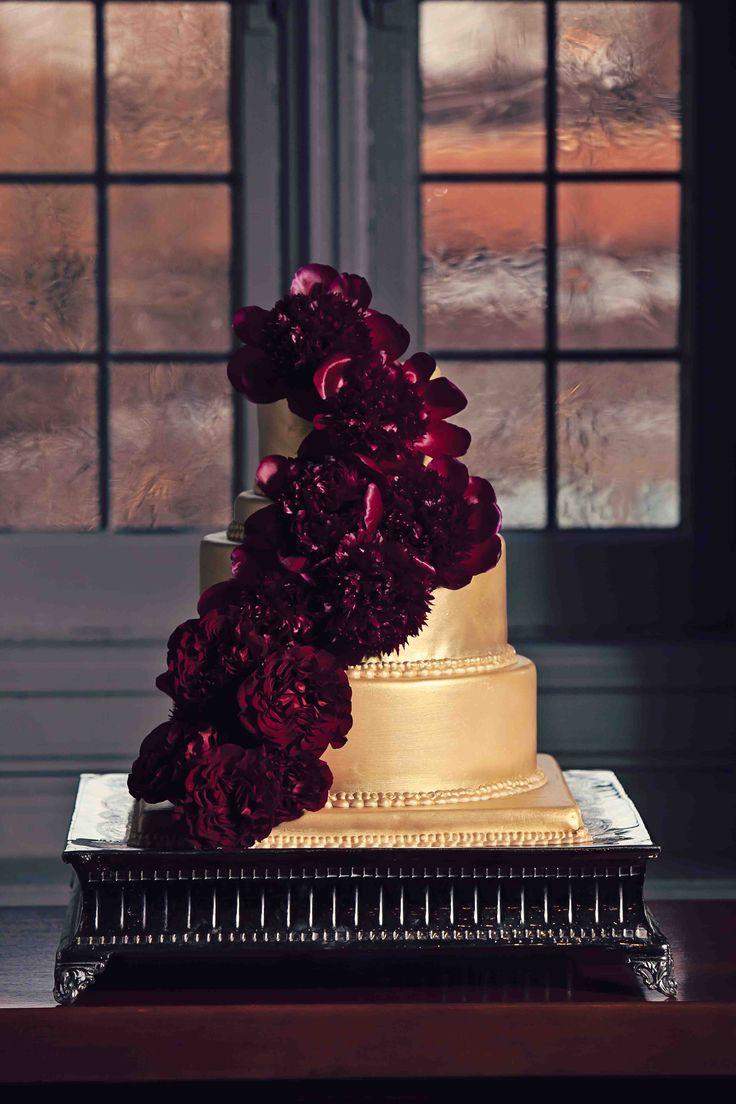 120 best images about Burgundy and gold wedding on Pinterest  Groomsmen Burgundy wedding