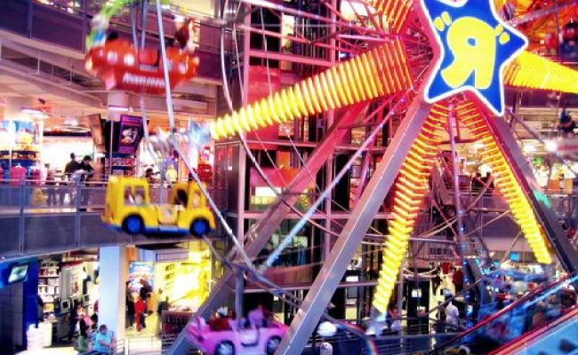 Toys R Us In New York City The Best Store Ever I Don T