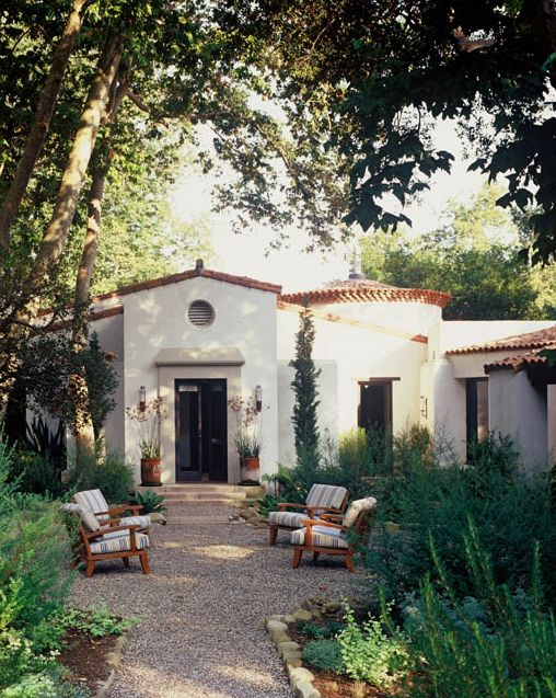 1000 ideas about Spanish Garden on Pinterest  Garden Shower Courtyards and Patio