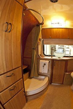 1978 31 airstream land yacht floor plan  Google Search