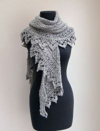 17 Best ideas about Lace Shawls on Pinterest | Knitting ...