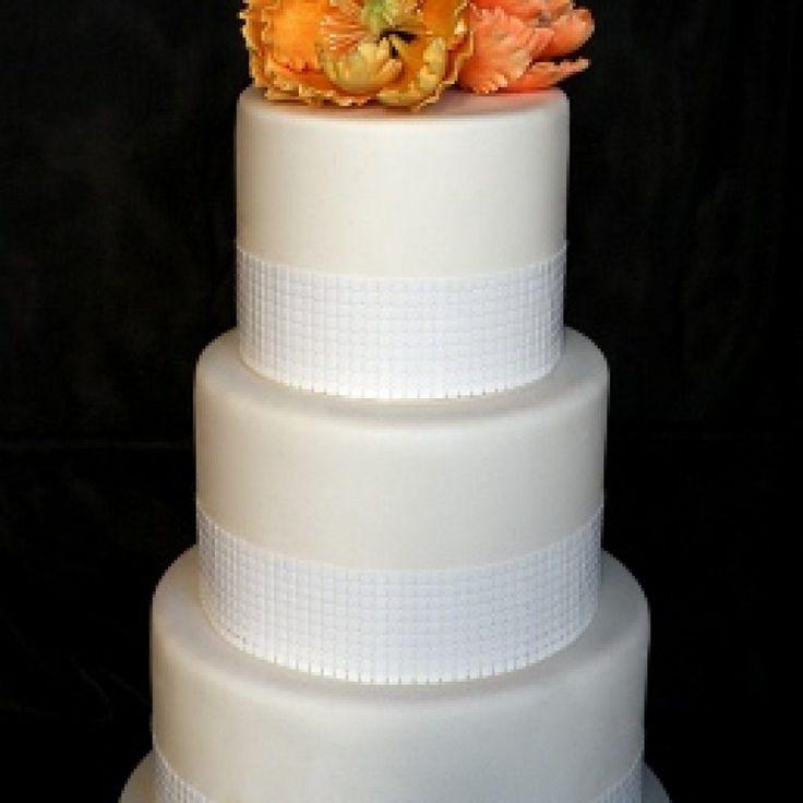 Best 25 Fake wedding cakes ideas on Pinterest
