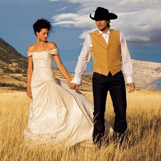 Rustic Country Western Wedding Dresses and Themes for any