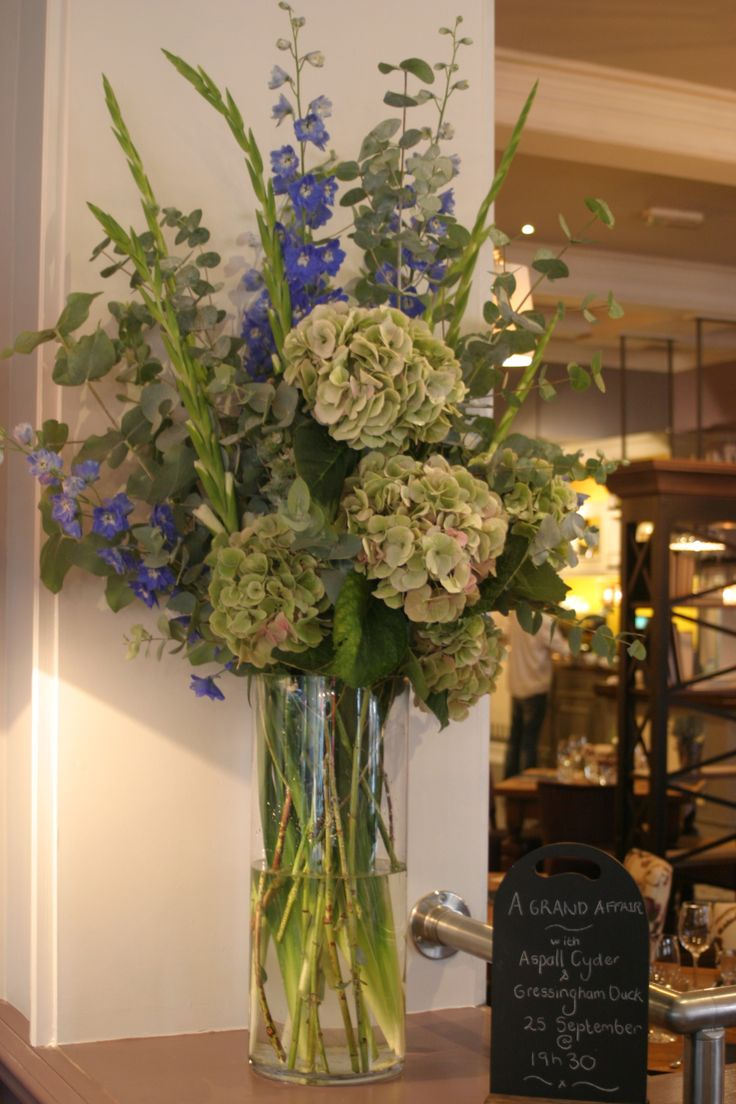 Best 25 Hydrangea Arrangements Ideas On Pinterest