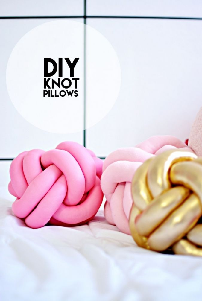 DIY Knot Pillows