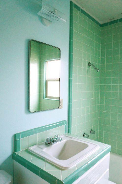 25 Best Ideas about Mint Green Bathrooms on Pinterest