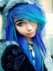 cabelos coloridos azuis