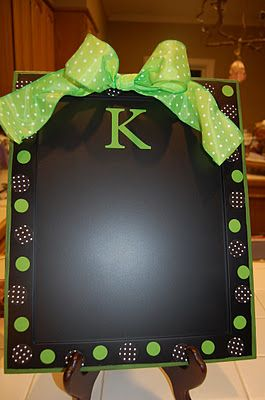 Baking pans spray painted with chalkboard paint  cheap gift!