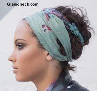 Best 25+ Head scarf tying ideas on Pinterest   Head scarf ...