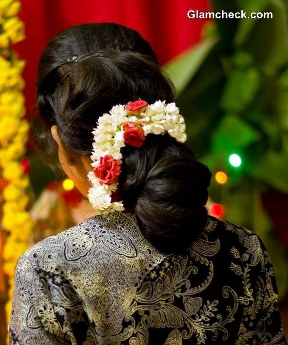 Gajra Hairstyles Bun Indian Bridal Makeup Hairstyle