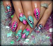 1000 gigi fav nails