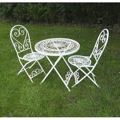 1000+ ideas about Shabby Chic Patio on Pinterest