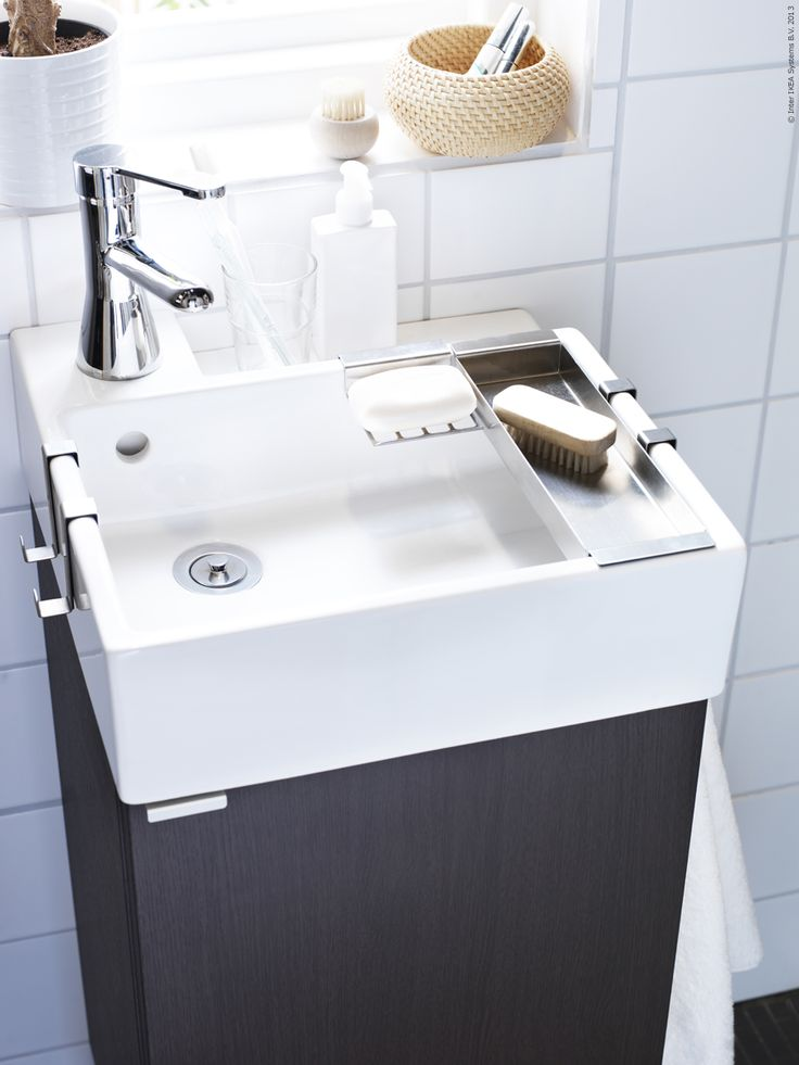 25 Best Ideas about Small Bathroom Sinks on Pinterest  Small bathrooms decor Small baths and