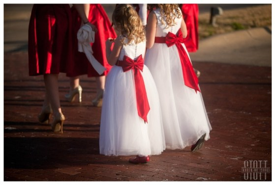 red wedding, red and white flower girls: