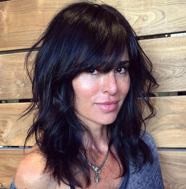 25 Best Ideas About Medium Haircuts With Bangs On Pinterest