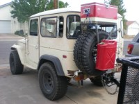 oooo, my husband would loooove this! haha Cool FJ40 tire