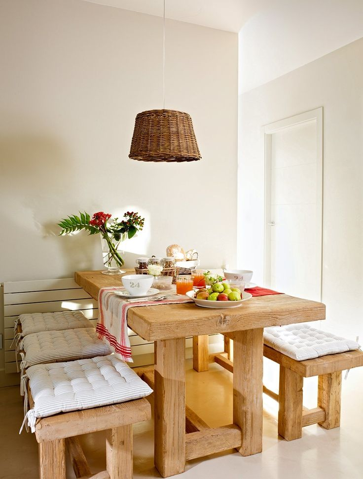 25 best ideas about Small Dining Rooms on Pinterest  Corner dining table Small dining room