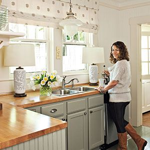 25 Best Ideas About Small Cottage Kitchen On Pinterest Cozy