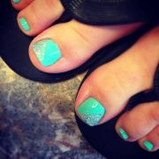 mint green toes with dash of