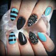 blue and black acrylic nails