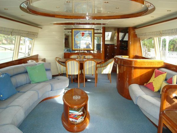 25+ Best Ideas About House Boat Interiors On Pinterest