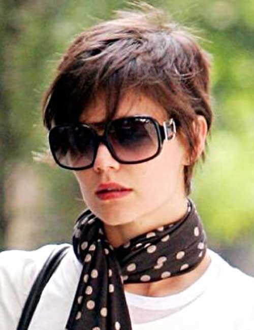 Die Besten 25 Katie Holmes Hairstyles Ideen Auf Pinterest