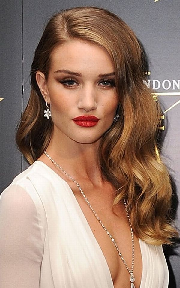 Long Wavy Hairstyle  So old Hollywood glam gorgeous  Old Hollywood Glamour  Pinterest  Wavy