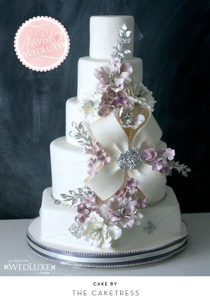 2254 best images about Elegant Cakes on Pinterest  Cakes Wedding cakes and Green cake