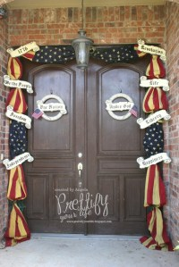 Memorial Day / Fourth of July Door Decor: these are fabric